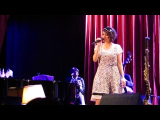 The Weed Smoker's Dream - Gaby Moreno & Hugh Laurie